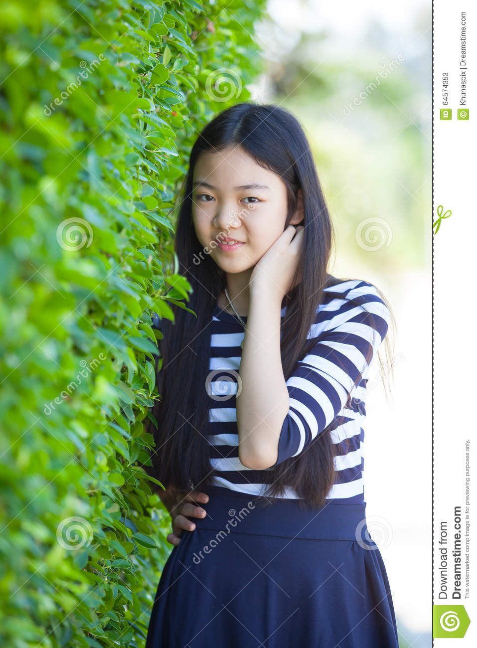 Think, asian teen girl face