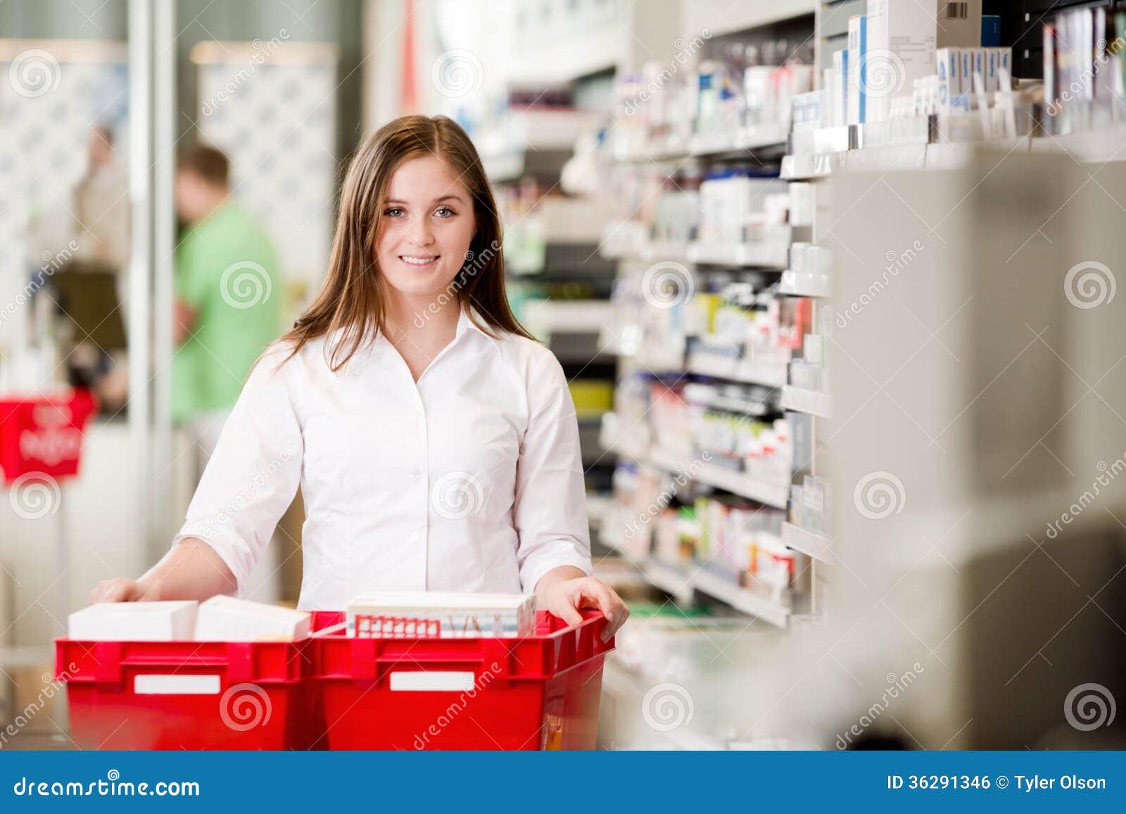 Portret Atrakcyjna Żeńska farmaceuta