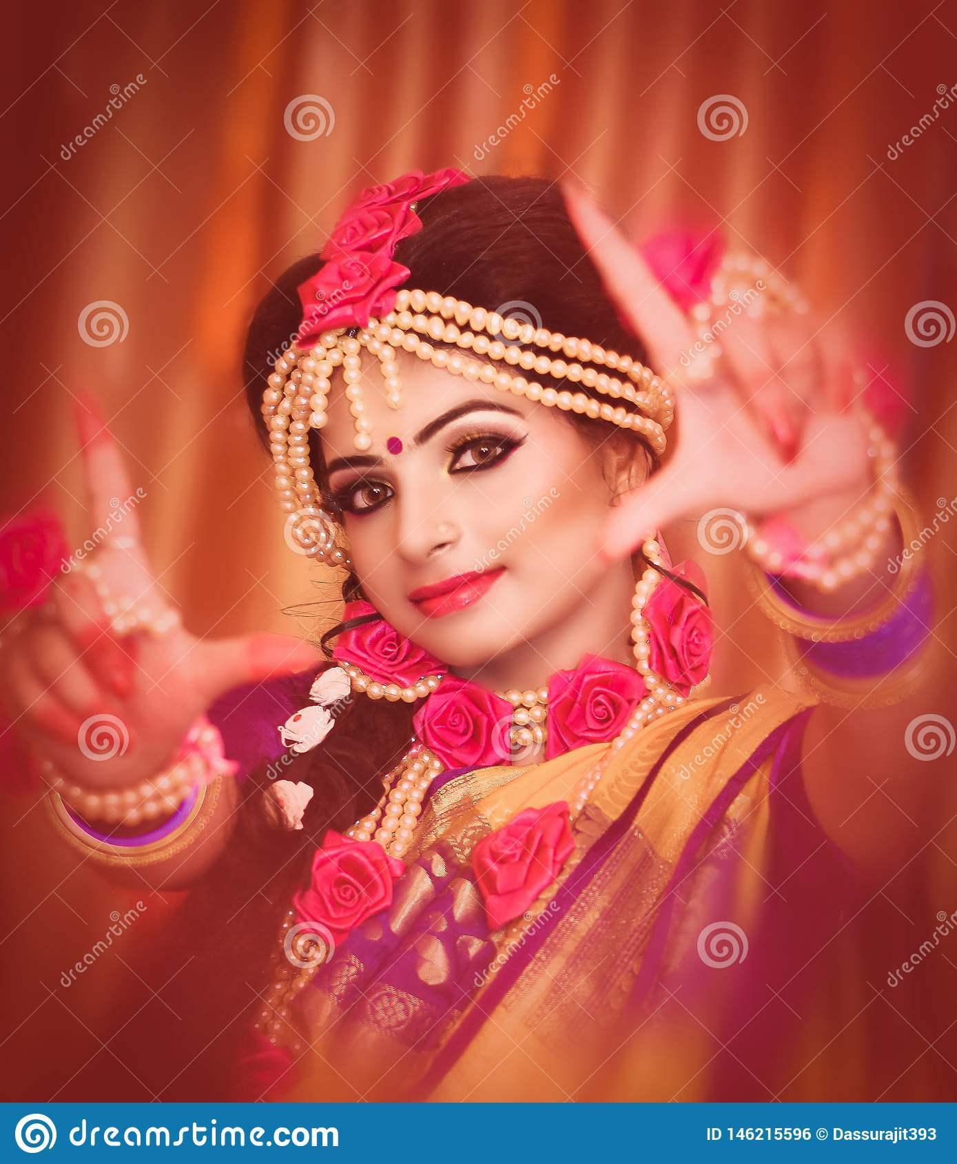 Portret atrakcyjna indyjska Hinduska panna m?oda