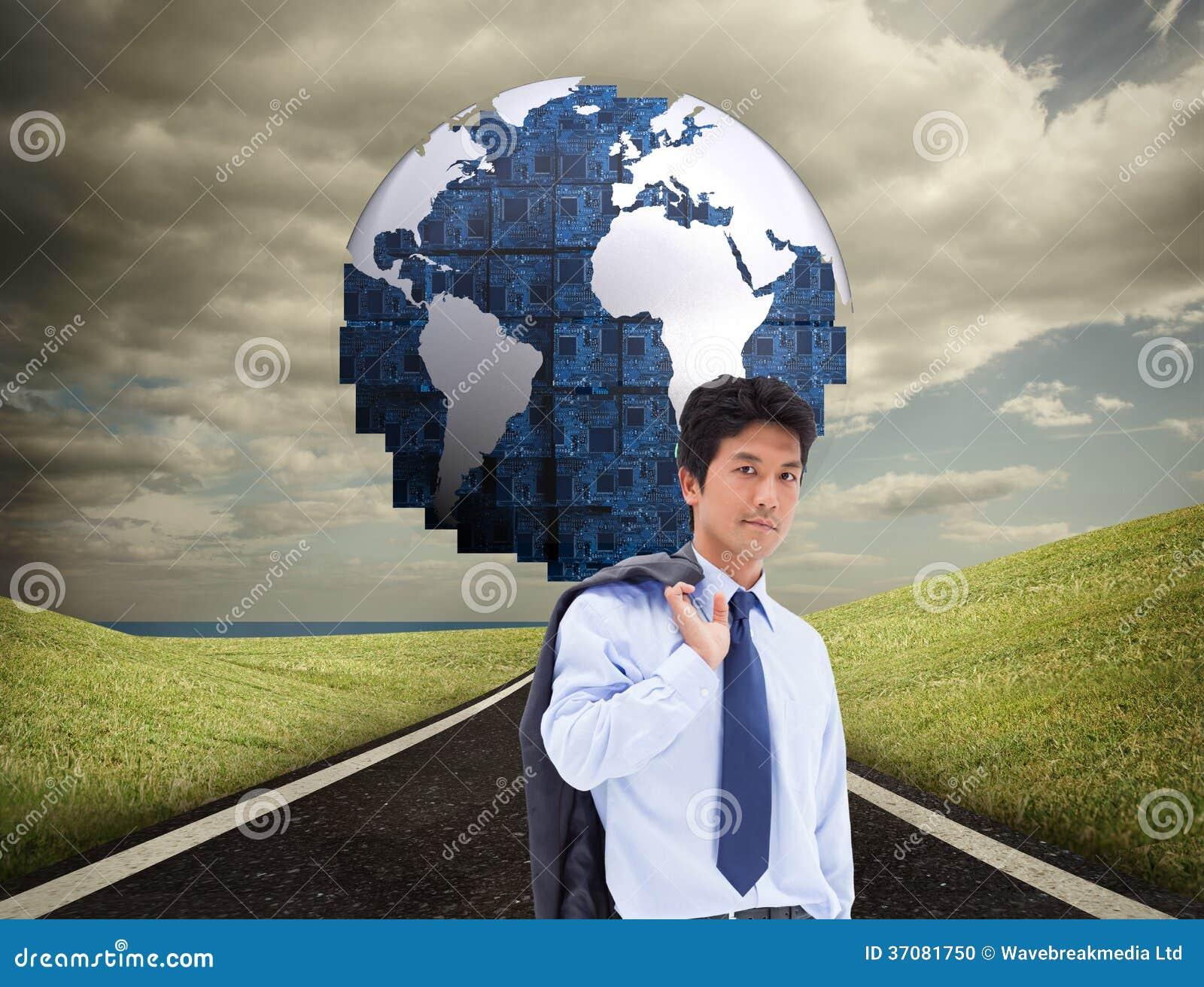 Download Portret Biznesmen Trzyma Teczkę I Jego Kurtkę Na Jego Ramieniu Zdjęcie Stock - Obraz złożonej z osoba, digitise: 37081750
