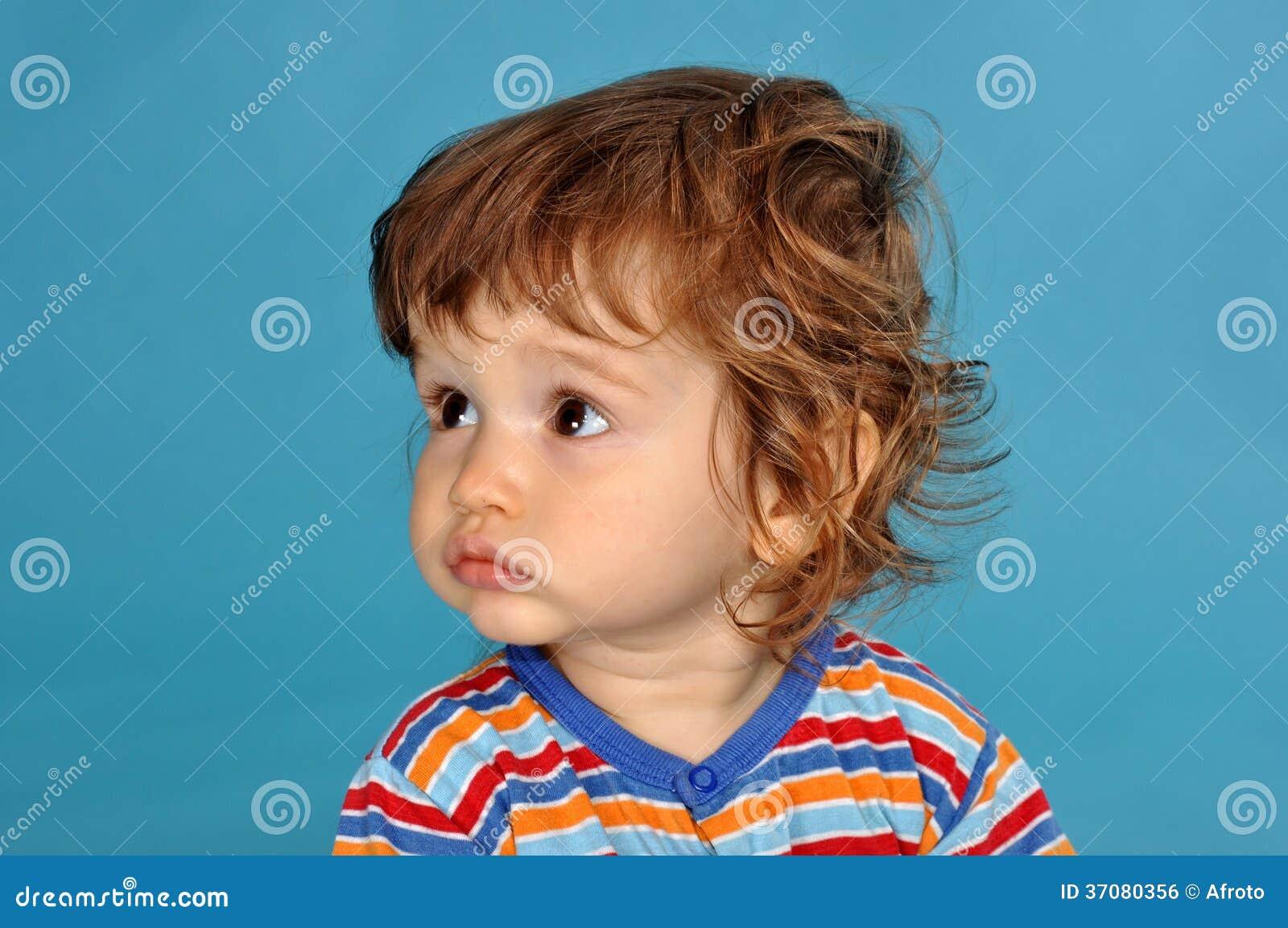 Download Portret chłopiec zdjęcie stock. Obraz złożonej z tło - 37080356