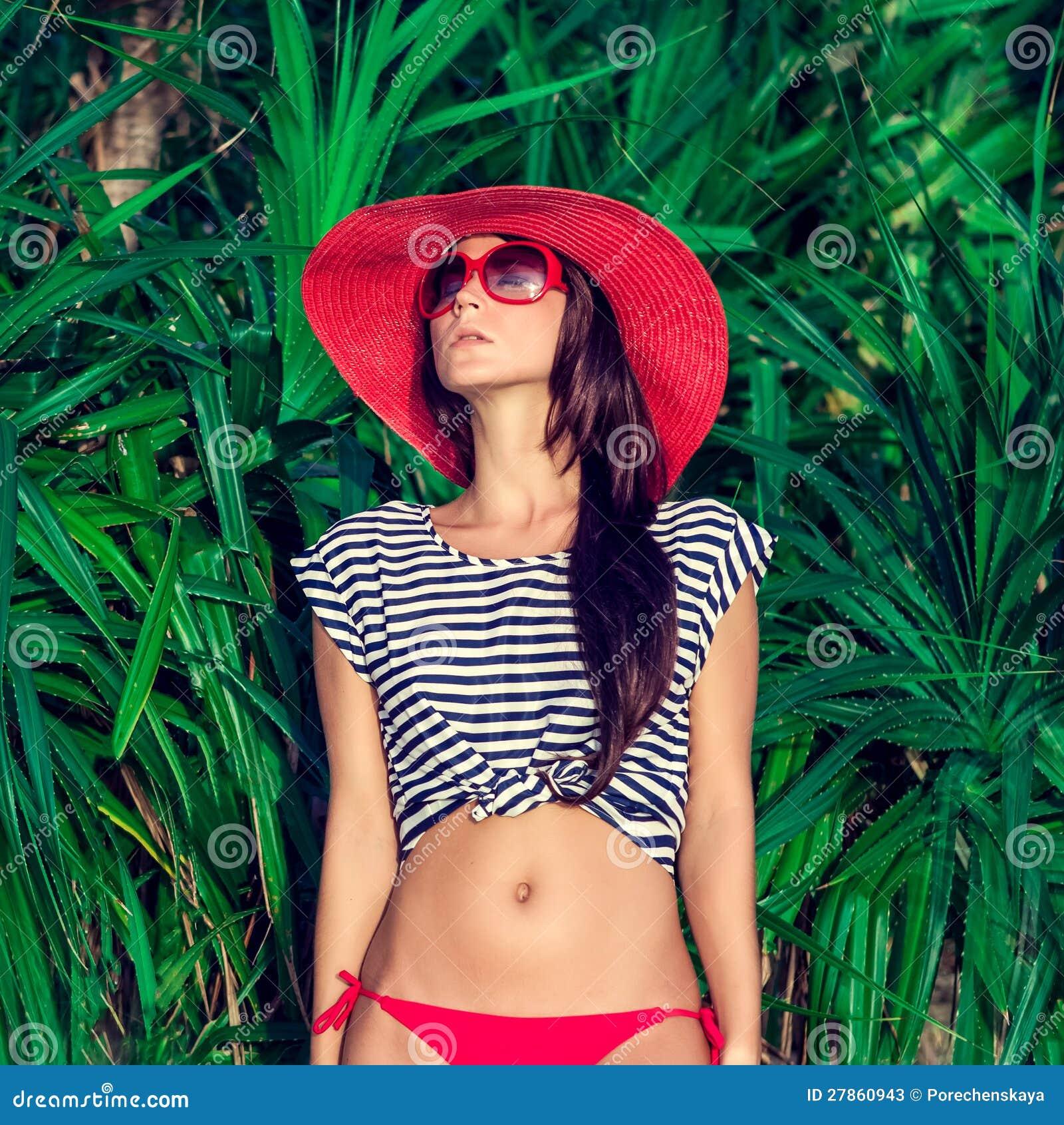 Portret dziewczyna na wakacje