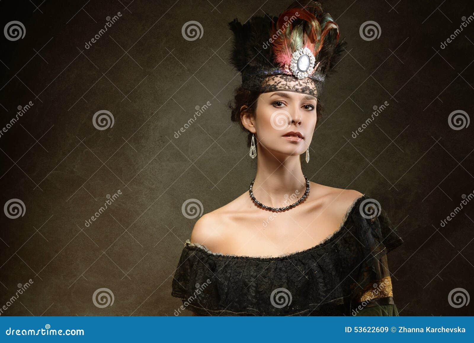 Portret kobieta w dziejowej sukni