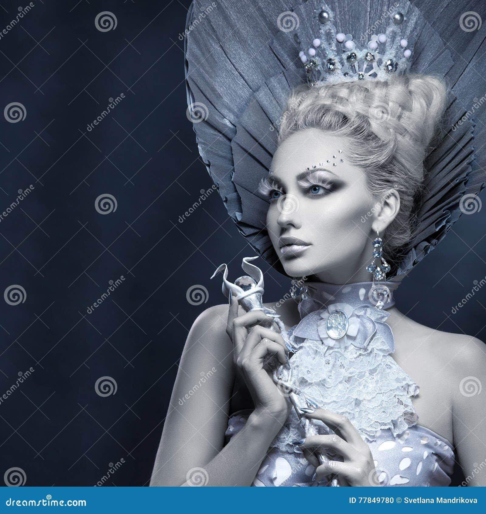 Citaten Winter Queen : De winterkoningin voorraadbeelden download royalty