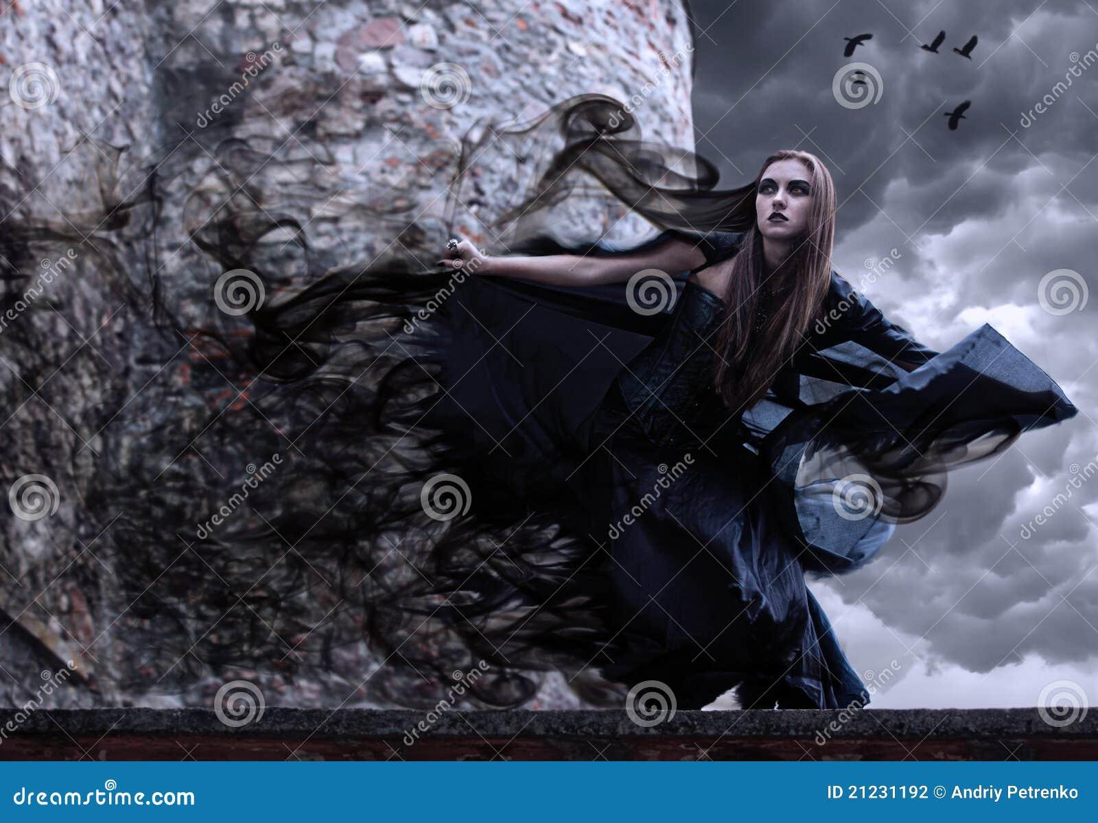 Portret van een jonge heks.
