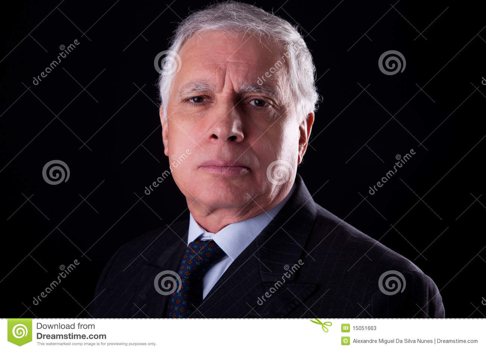 Portret van een knappe rijpe zakenman