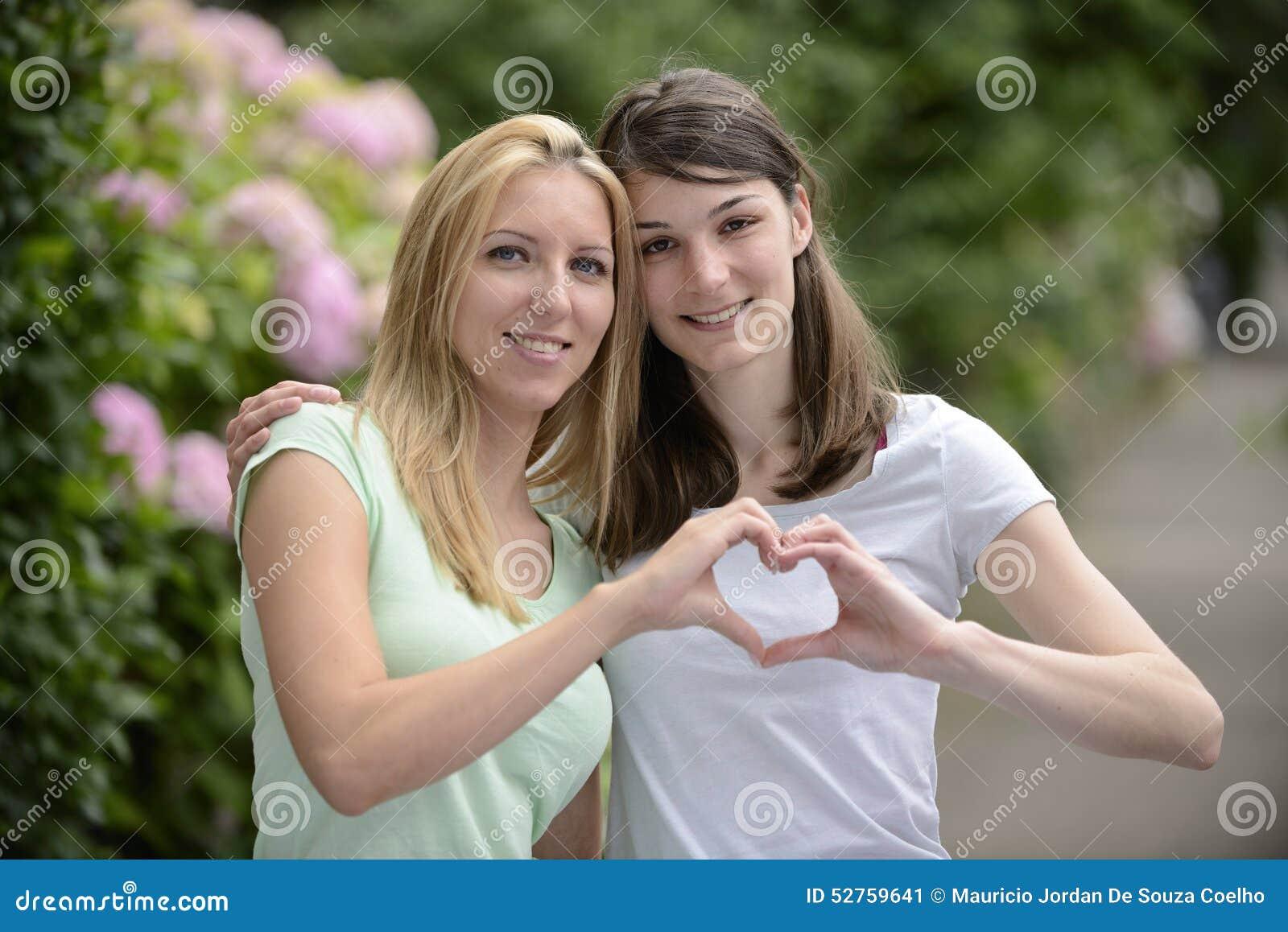 Portret van een lesbisch paar