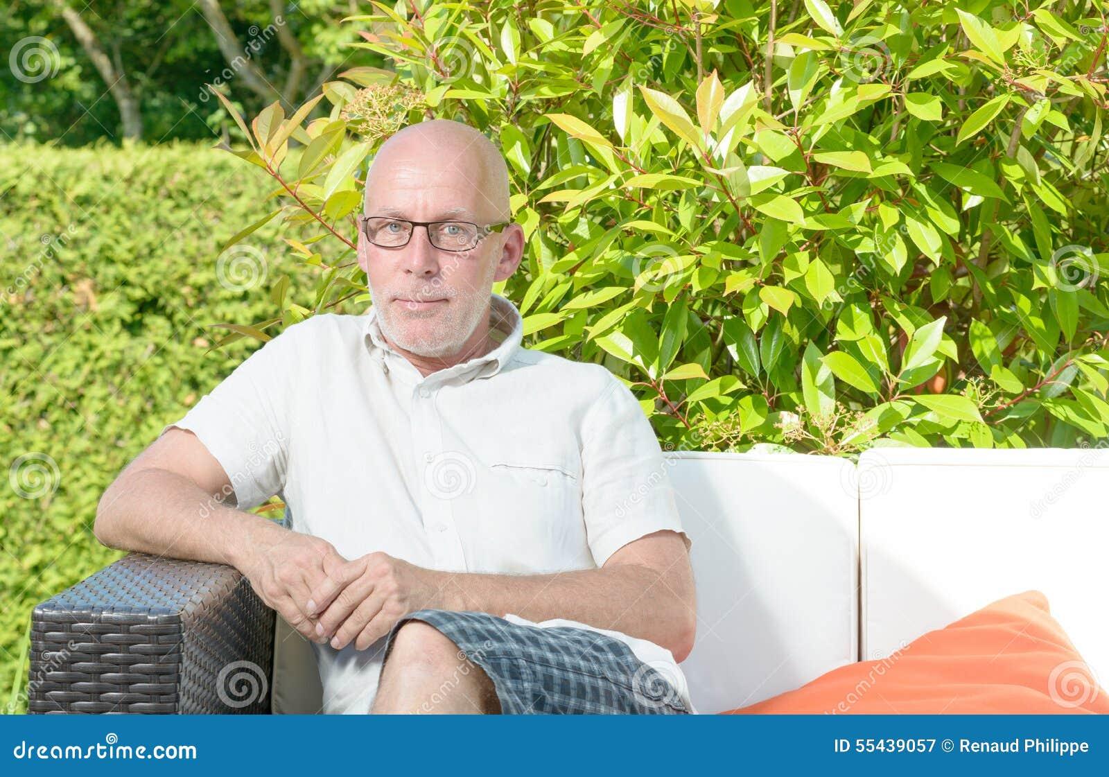 Portret van een mens op middelbare leeftijd