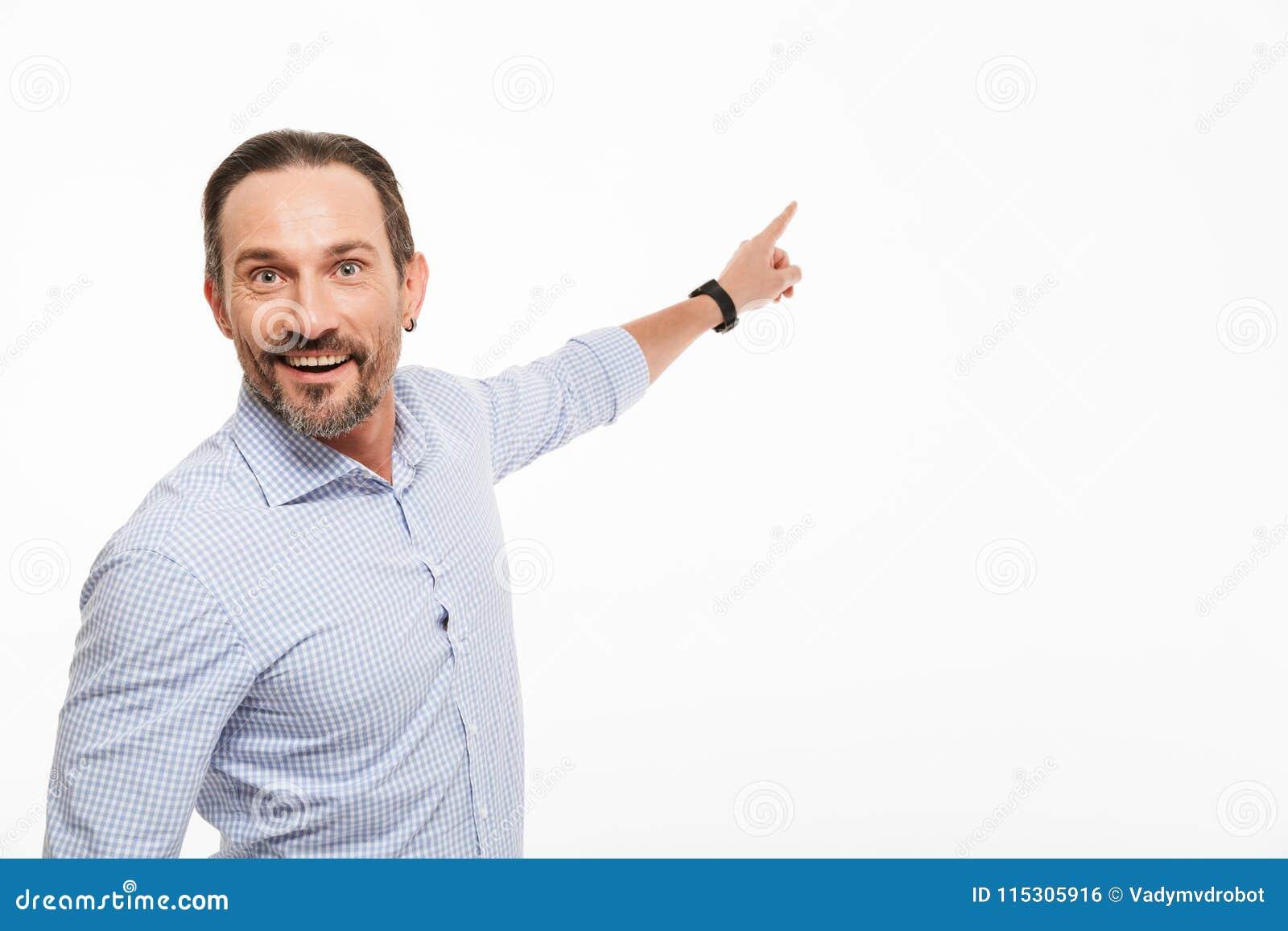 Portret van een opgewekte rijpe mens