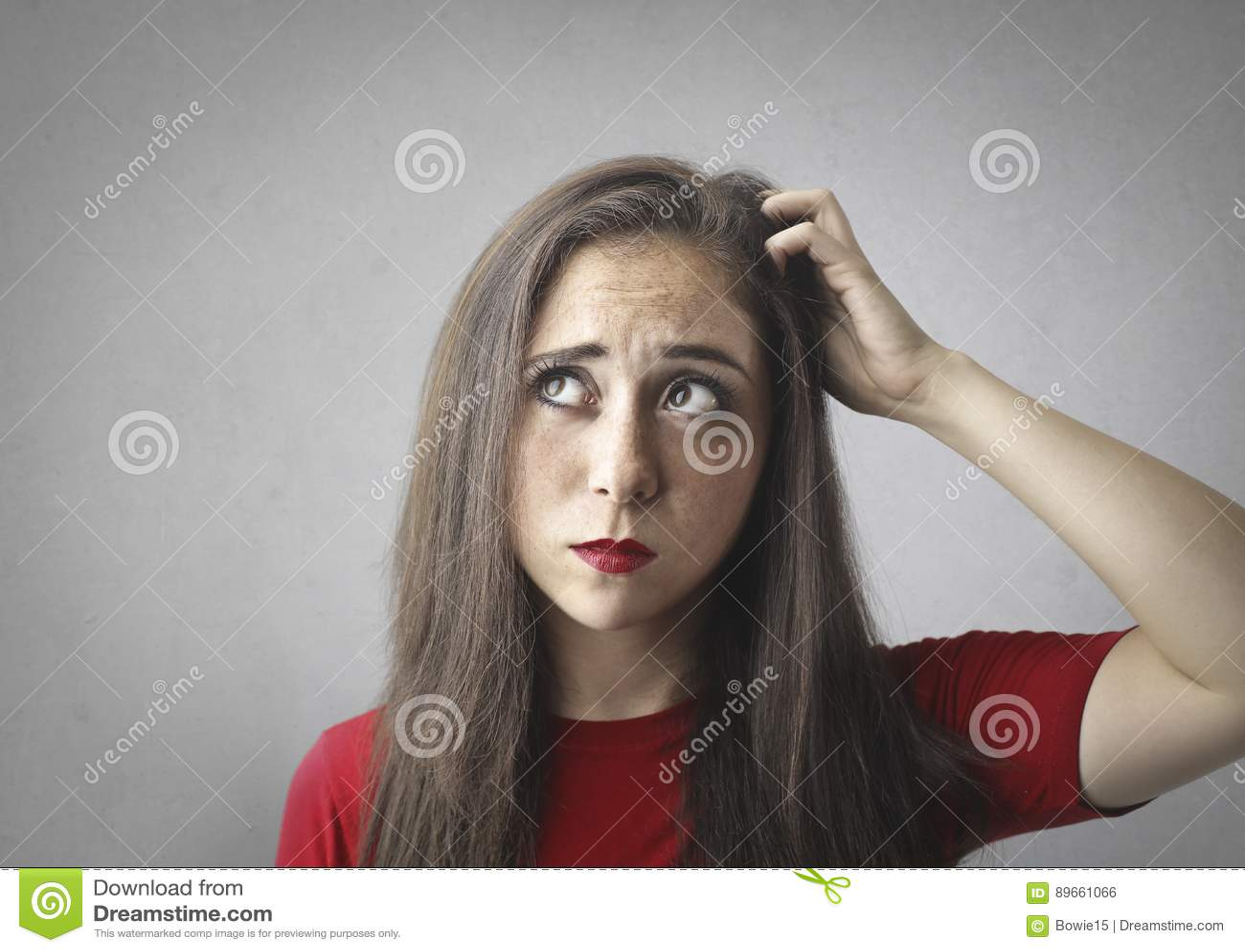 Portret van een pensively vrouw