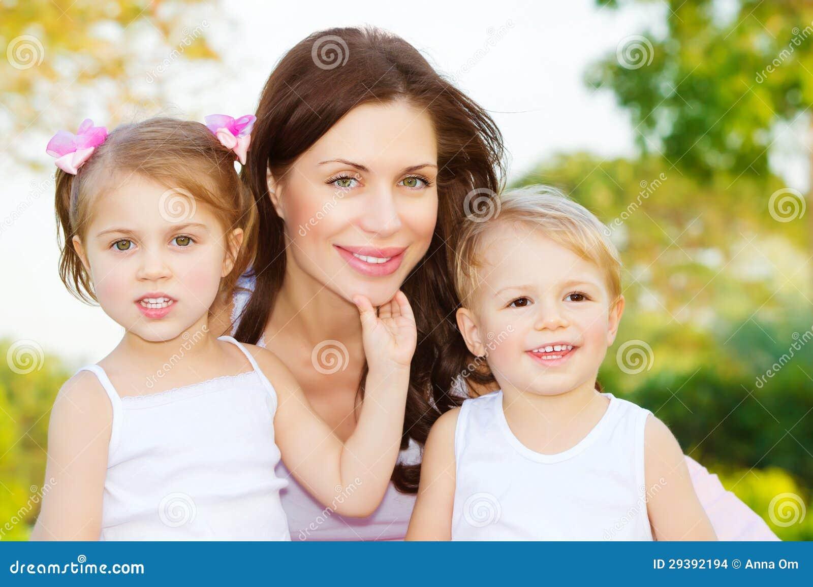 Связь мама и сын 14 фотография