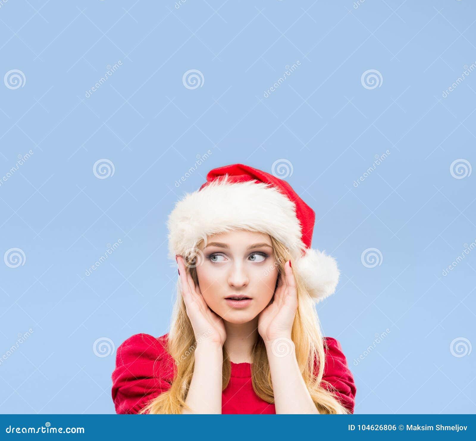 Download Portret Van Het Jonge, Mooie En Gelukkige Tiener Vieren Stock Foto - Afbeelding bestaande uit gezichts, gezicht: 104626806