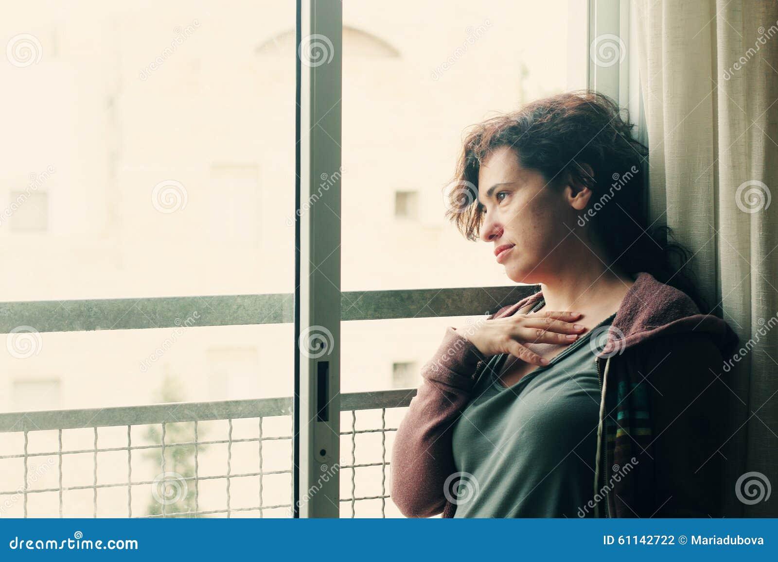Portret van mooie 35 jaar oude vrouwen stock foto afbeelding 61142722 - Jaar oude meisje kamer foto ...