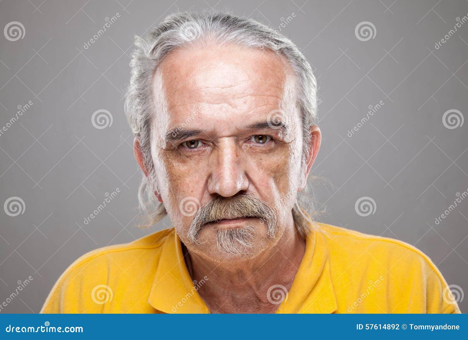 Portriat de um homem idoso