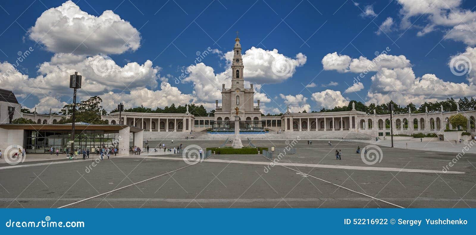 Portugal, Fatima Basilika und die Kapelle des Auftrittes