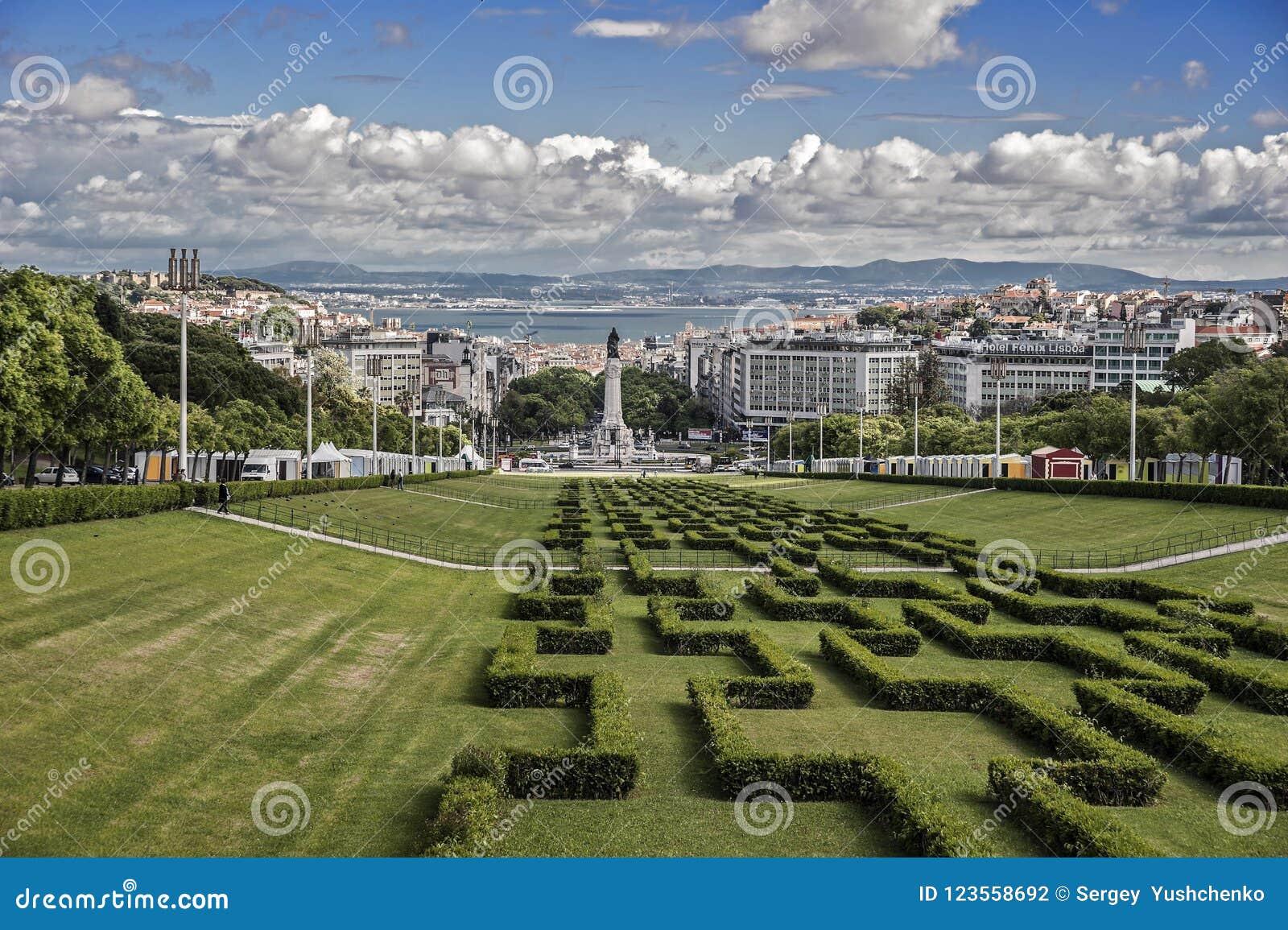 Portugal, Lissabon Eingang zum Parque Eduardo VII