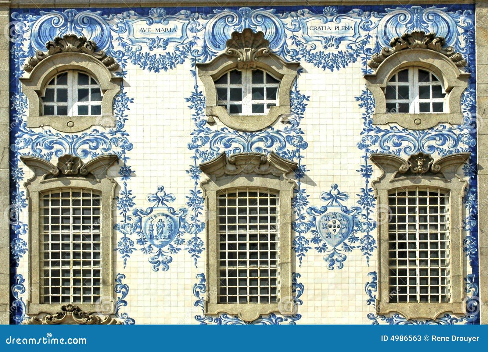 Portugal porto facade stock image image of ancient for Casa dos azulejos lisboa