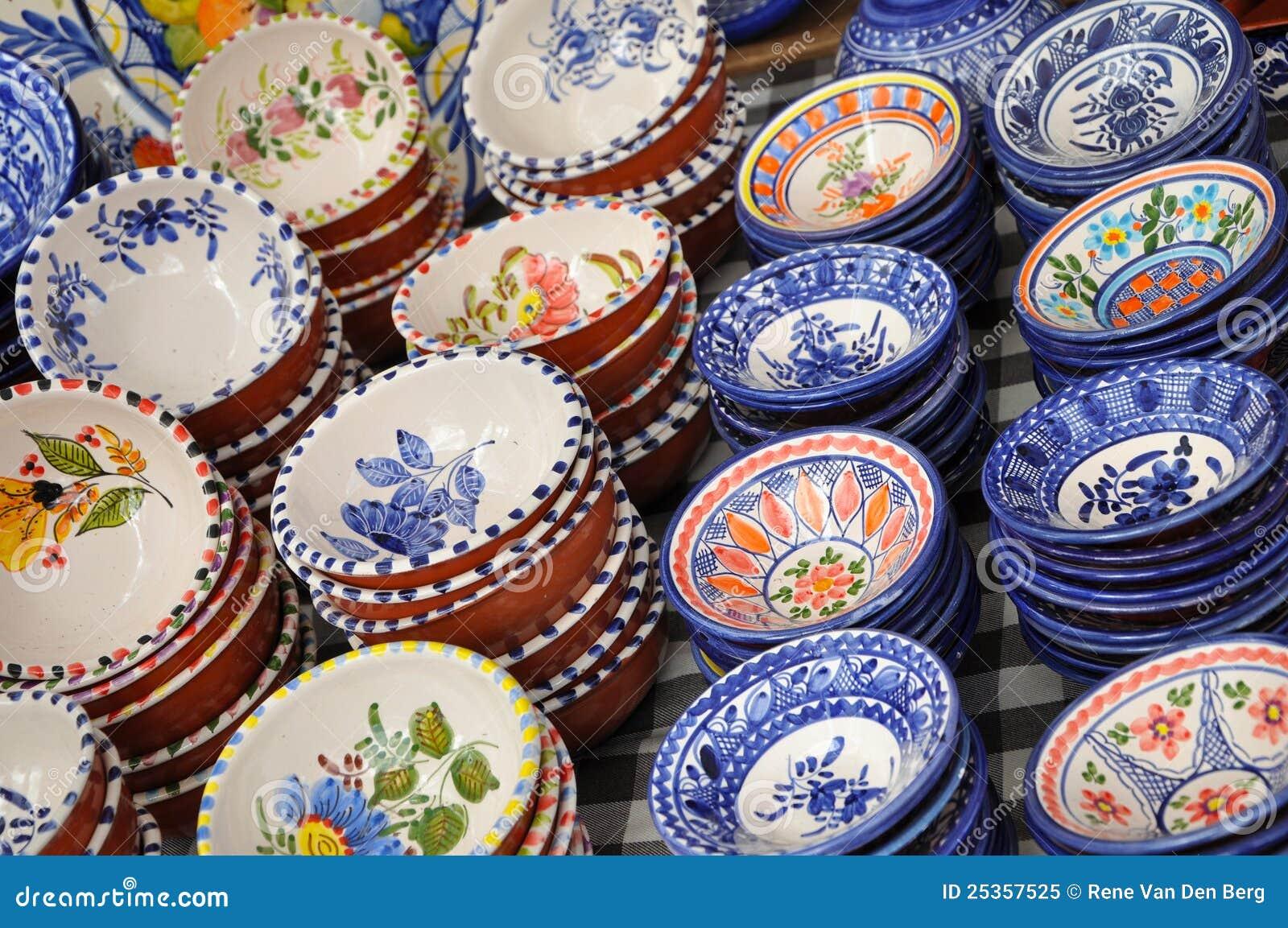Portugiesische Keramische Saucers Stockbild Bild Von