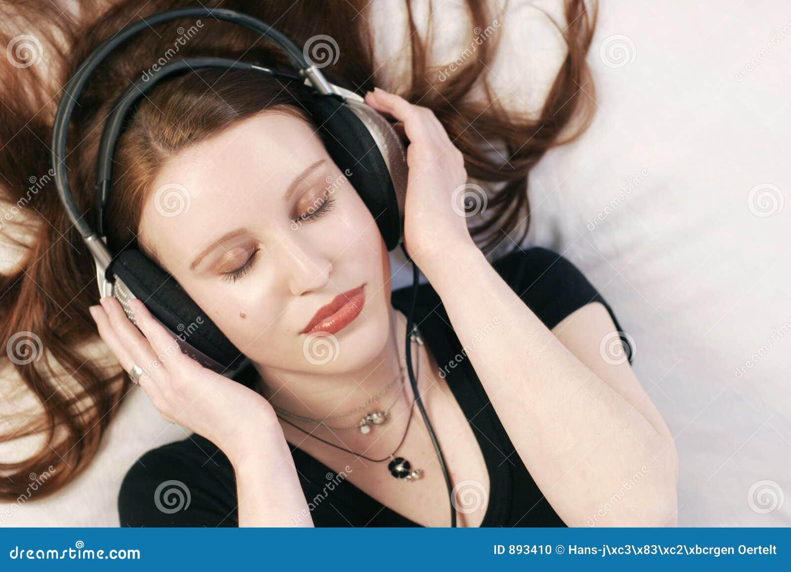 Posłuchaj muzyki