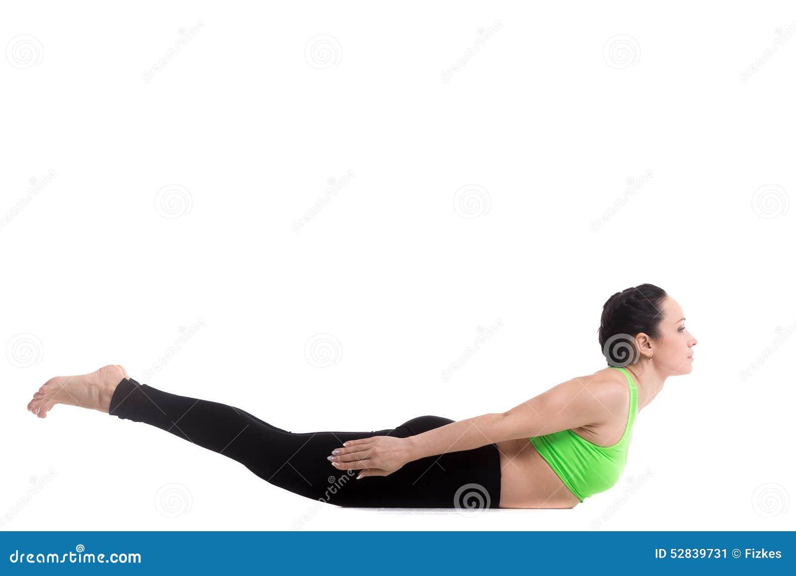 Posa di yoga della locusta