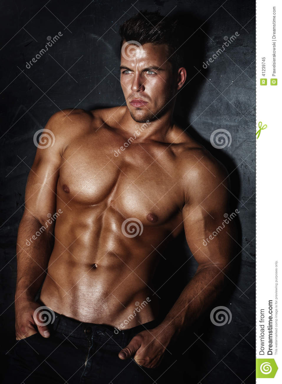 Pose Belle Dhomme Image Stock Image Du Homme Muscle 41239745