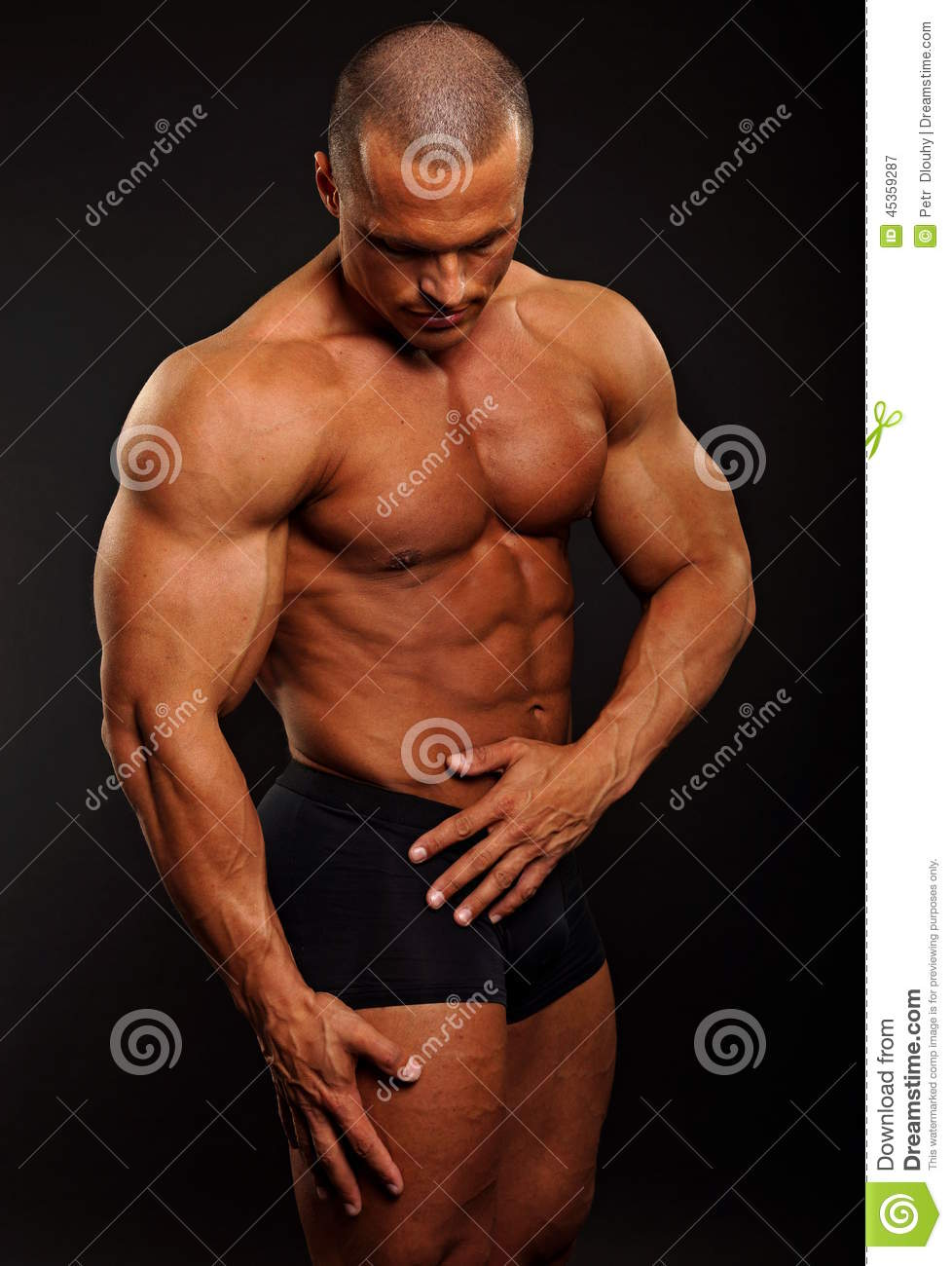 Poses musculaires d homme