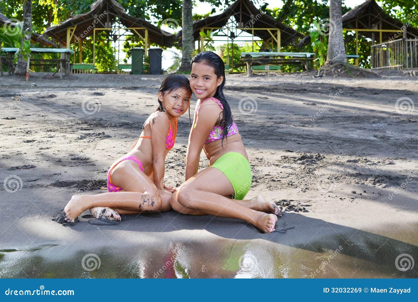 Innocent Innocent teen brunette girl posing naked -
