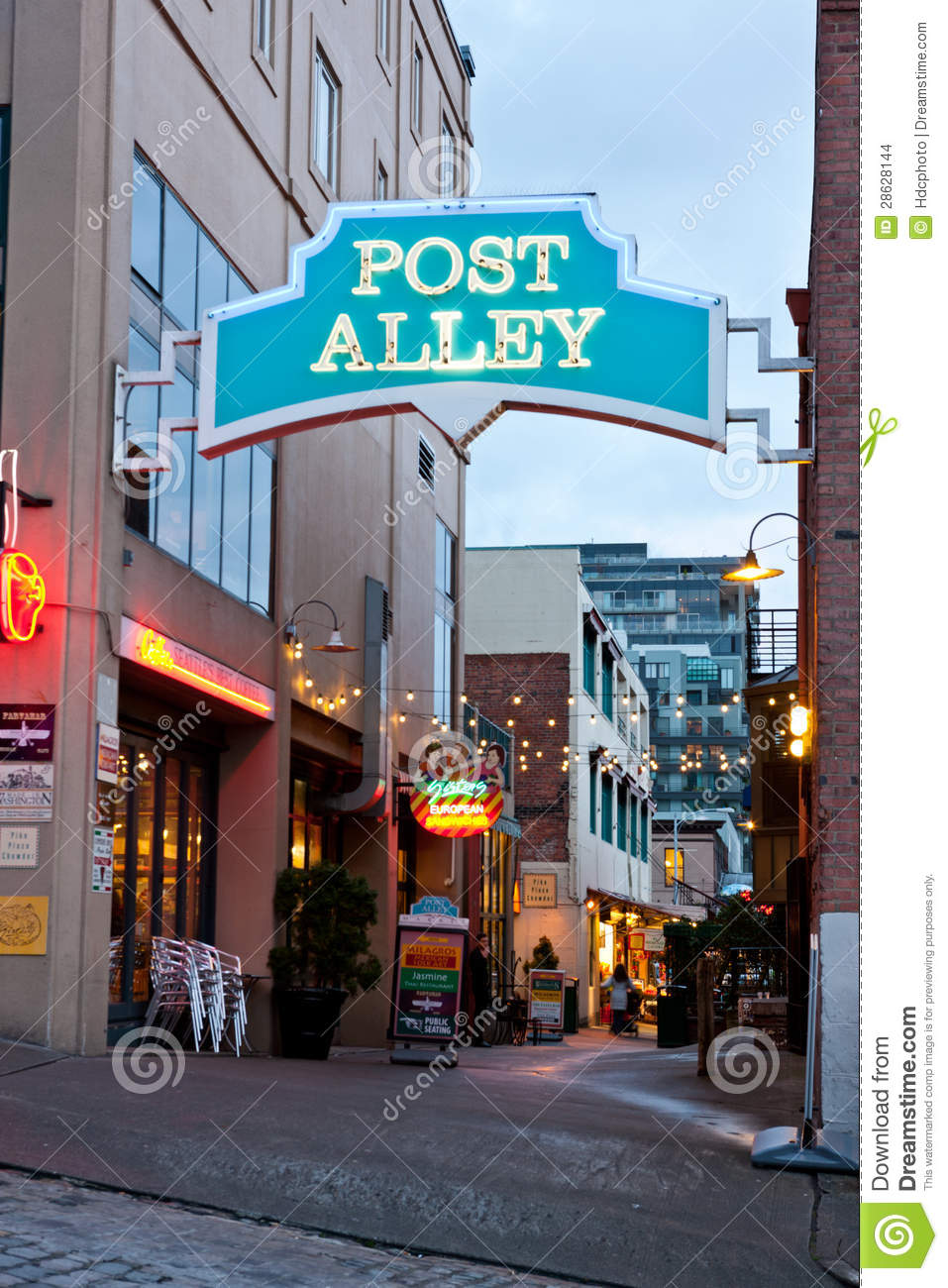 post alley in seattle washington editorial stock image image of local commercial 28628144. Black Bedroom Furniture Sets. Home Design Ideas