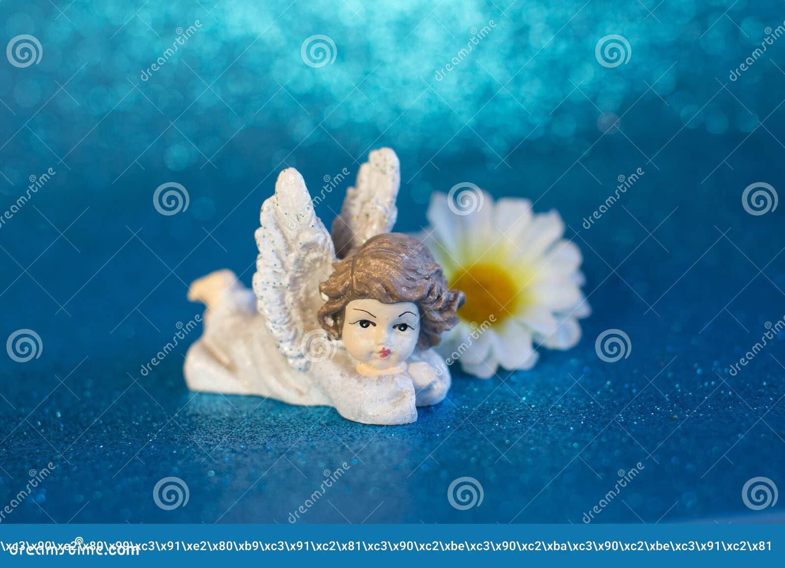 Postać odpoczynkowy anioł