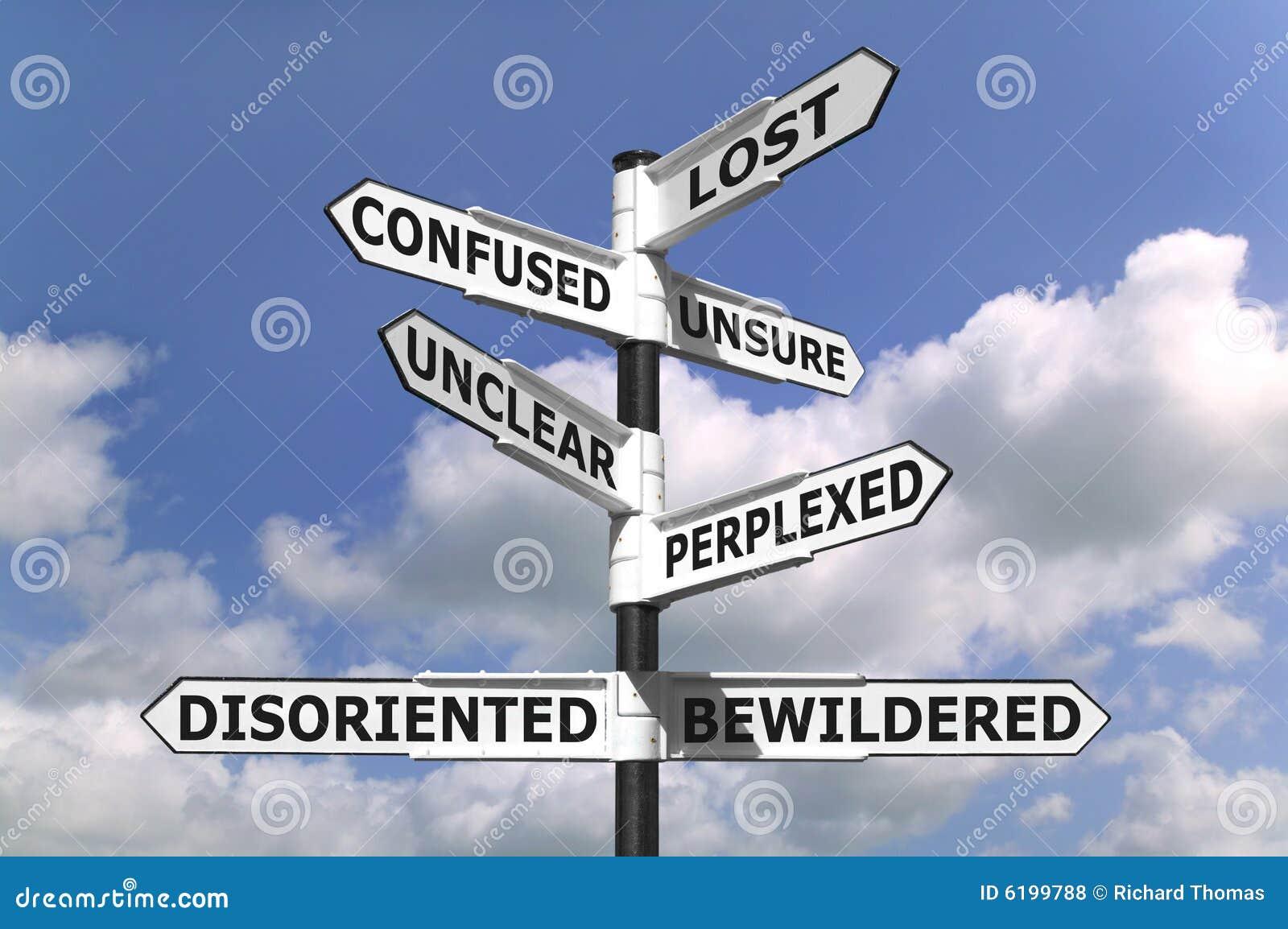 Poste indicador perdido y confuso