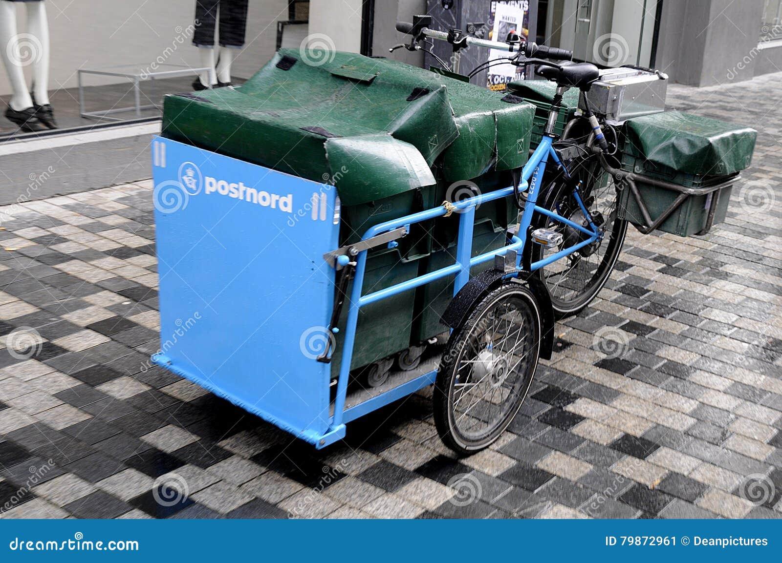 dcaf42f7 Copenhagen / Denmark_ 02nd.. November 2016 _ Mail man delivery bike from  postnord Photo. Francis Joseph Dean/Deanpictures.