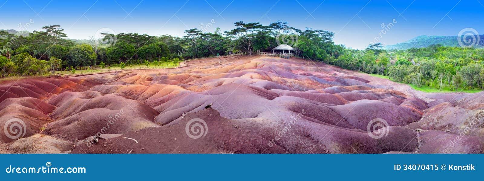 Posto turistico famoso delle mauritius una terra di - Immagine di terra a colori ...