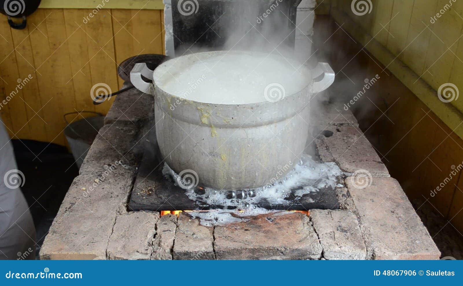 Pot boil rural furnace water run flow burn hand rise lid cover