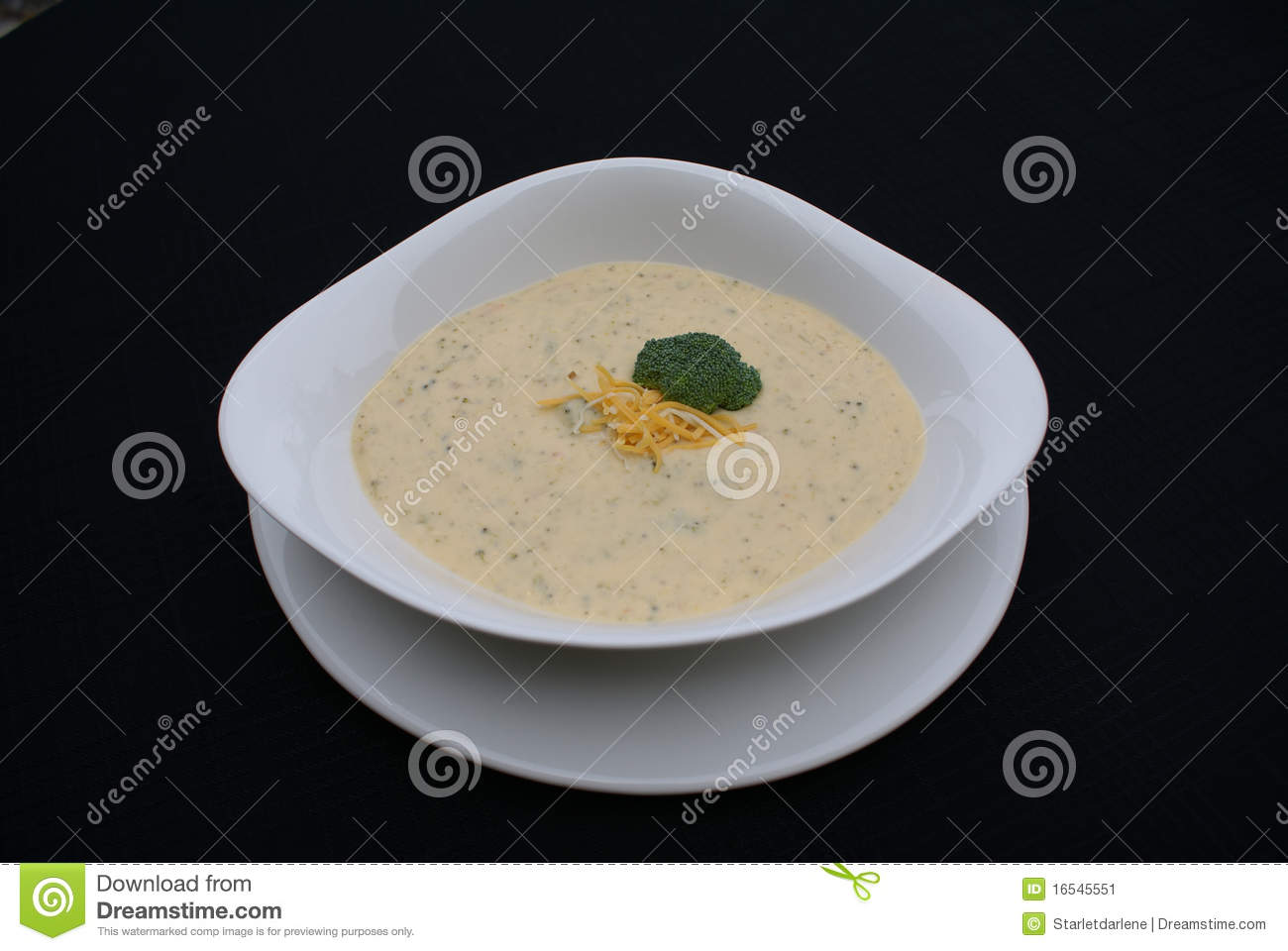 Potage de broccoli et de cheddar