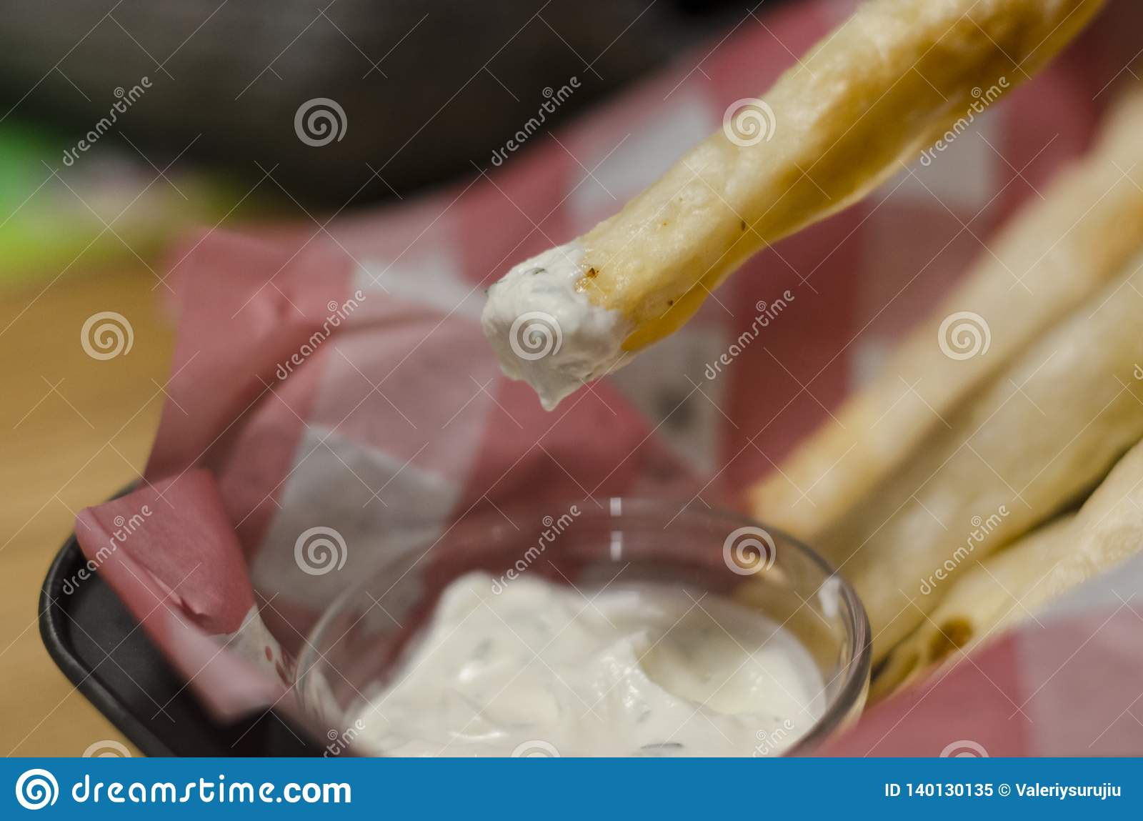 Potatis- eller ostpinnar