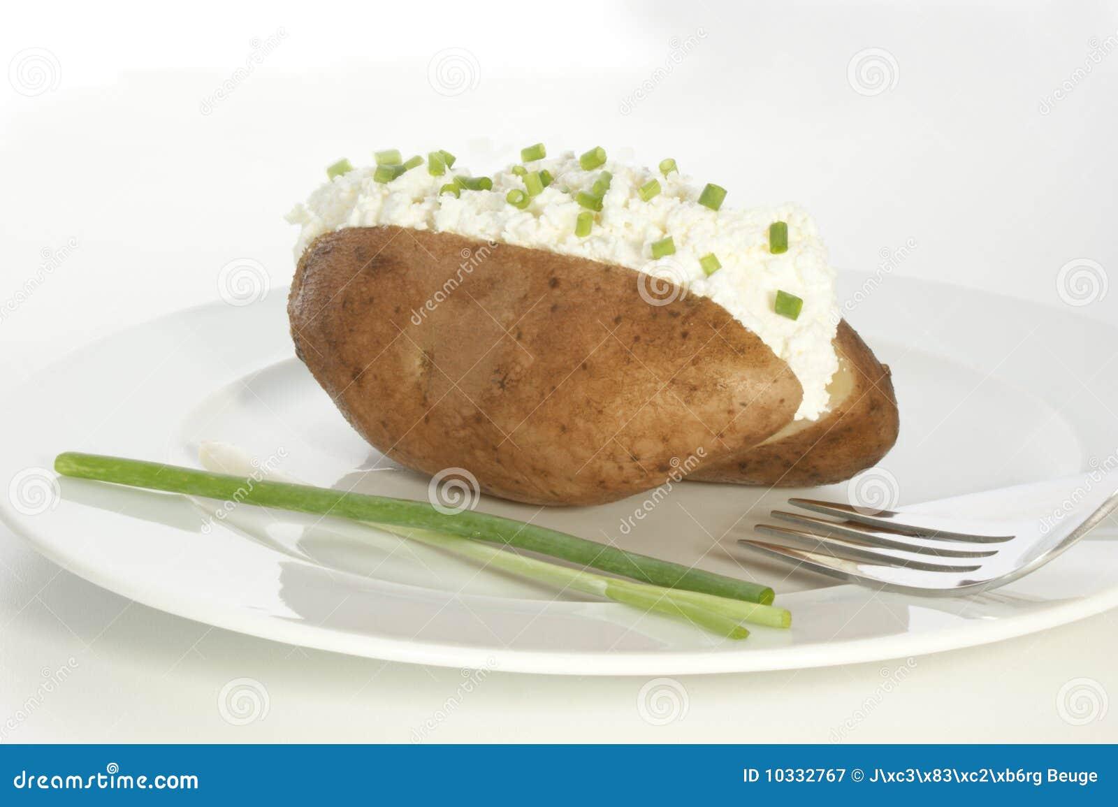Potatis för ostostmassadill