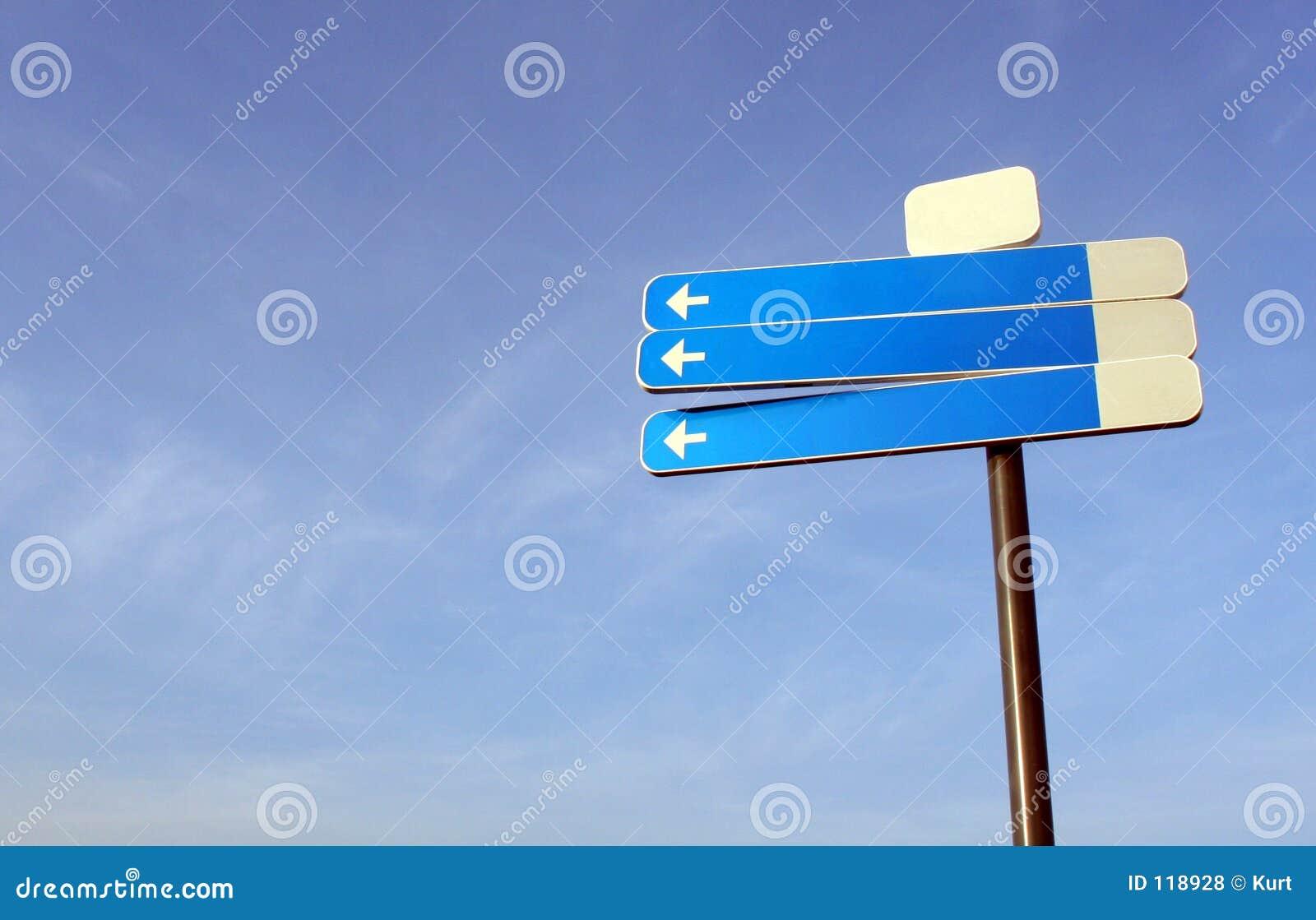 Poteau de signalisation blanc