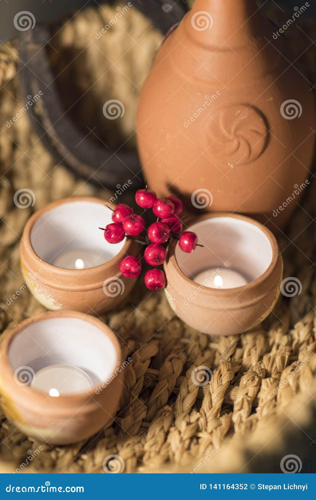 Poterie de composition, baies et bougies ethniques 2019
