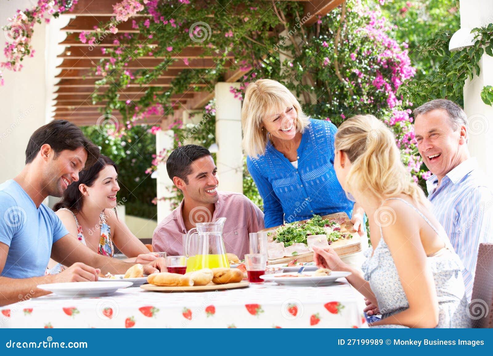Potomstwa I Starszy Pary Rodziny Posiłek