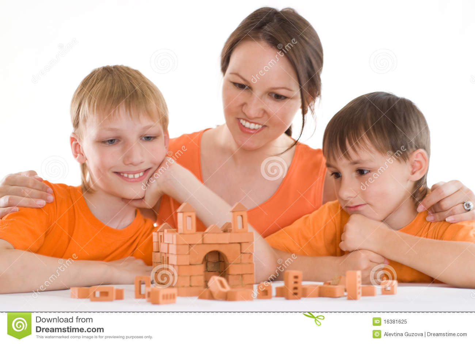 Potomstwa matkują z dwa synami