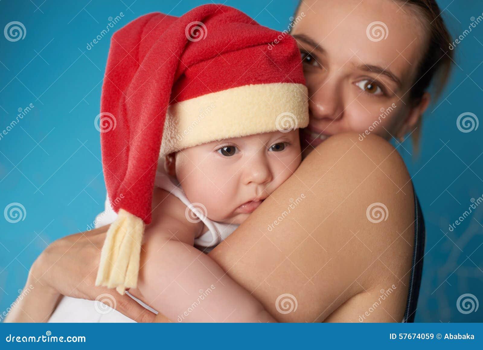 Potomstwa matkują z jej słodkim dzieckiem