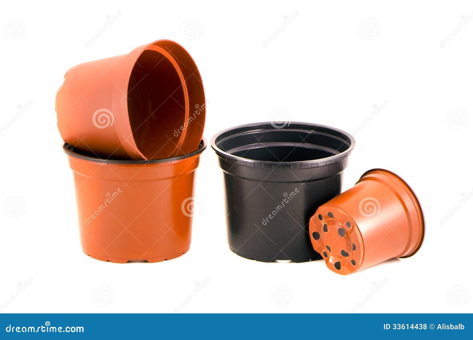 pots de fleurs en plastique pour les fleurs et la jeune. Black Bedroom Furniture Sets. Home Design Ideas