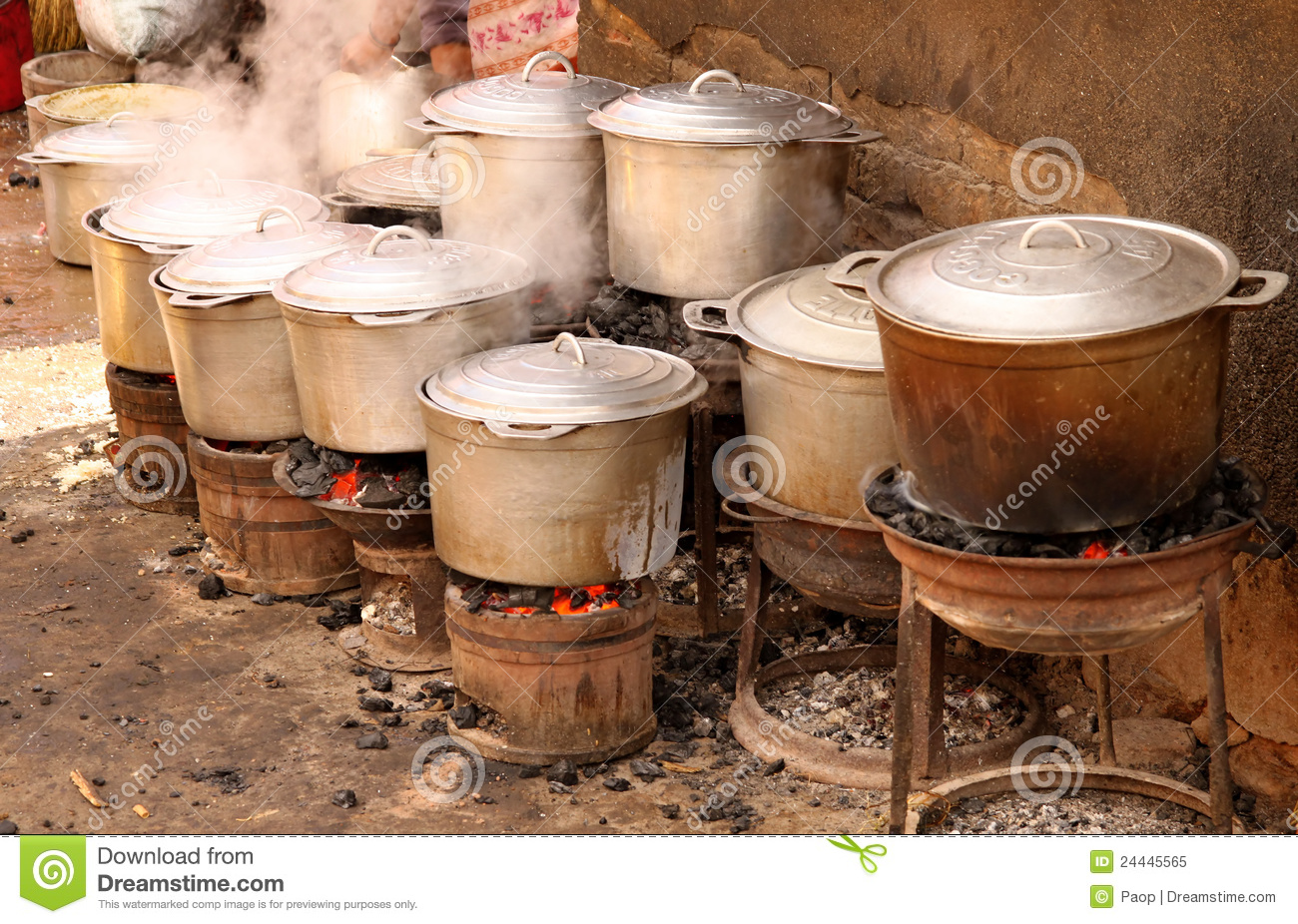 Pots On Fire Stock Image Image Of Pots African Africa