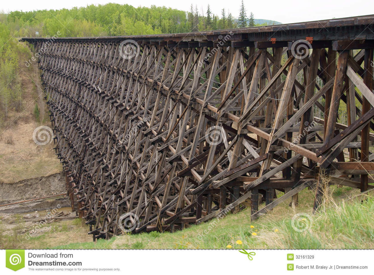 Download Pouce Coupe Vintage Wooden Railway Trestle Stock Image - Image of attraction, aboard: 32161329