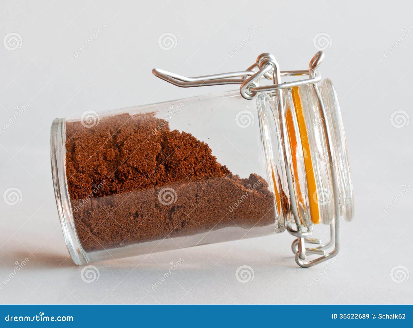 Poudre de café en verre