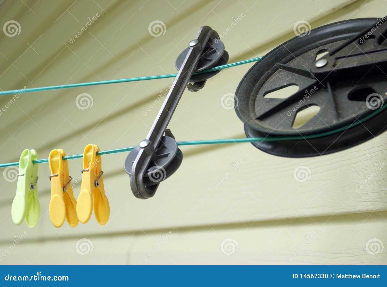 Roulette Pour Corde A Linge