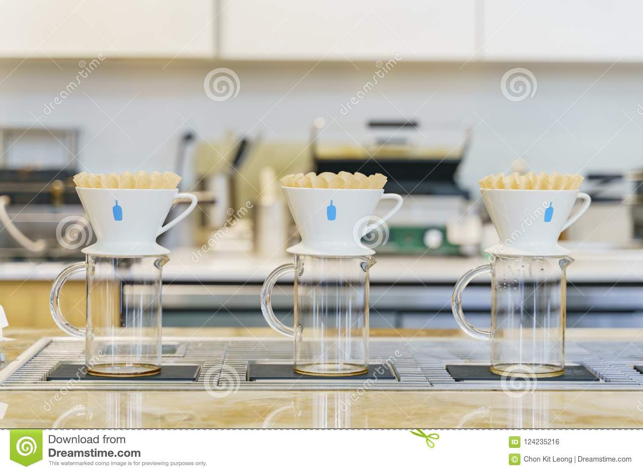 Pour Over Coffee Maker Of The Famous Blue Bottle Coffee Editorial Photo Image Of Vacation Pour 124235216