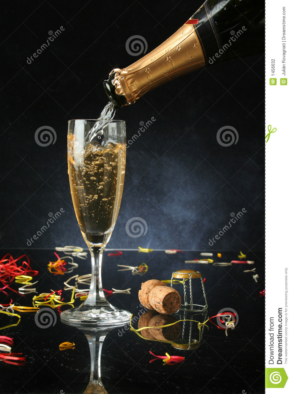 pouring a champagne flute stock photography image 1456632. Black Bedroom Furniture Sets. Home Design Ideas