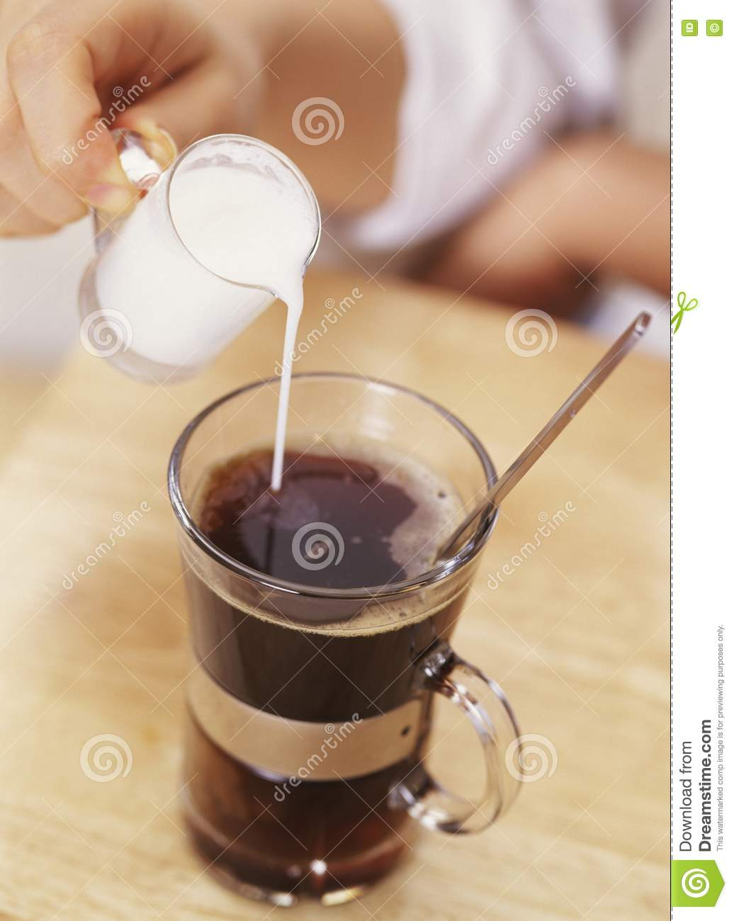 Pouring Cream Into Coffee Royalty Free Stock Images ...