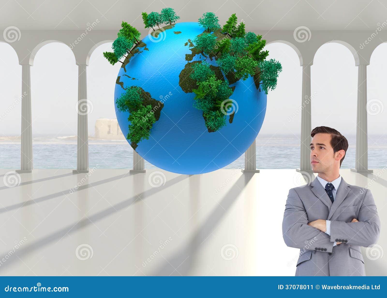 Download Poważny Biznesmen Z Rękami Krzyżować Ilustracji - Ilustracja złożonej z kolumna, sunlight: 37078011